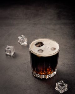 The dangers of drinking alcohol for kidney patients